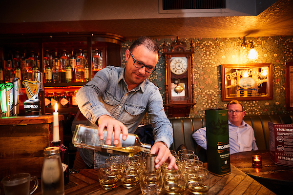 Ennis Food Festival Whiskey Trail - Decky at Knoxs